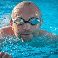 Comment vider une piscine coque polyester ?